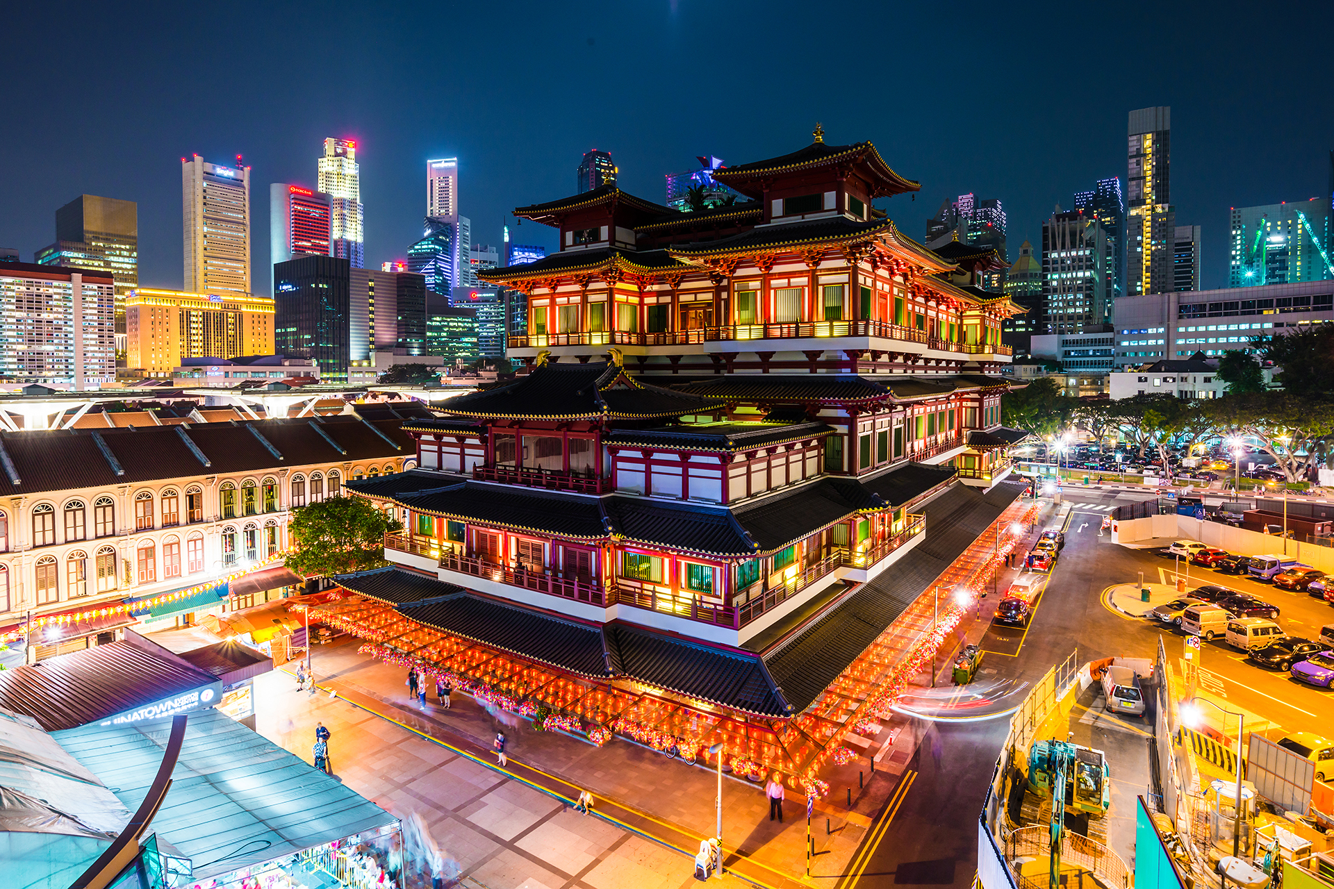 Chinatown Singapore Buddha Tooth Relic Temple Check Out Chinatown Singapore Buddha Tooth Relic